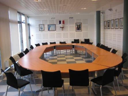 Illustration conseil municipal mairie de Plomeur